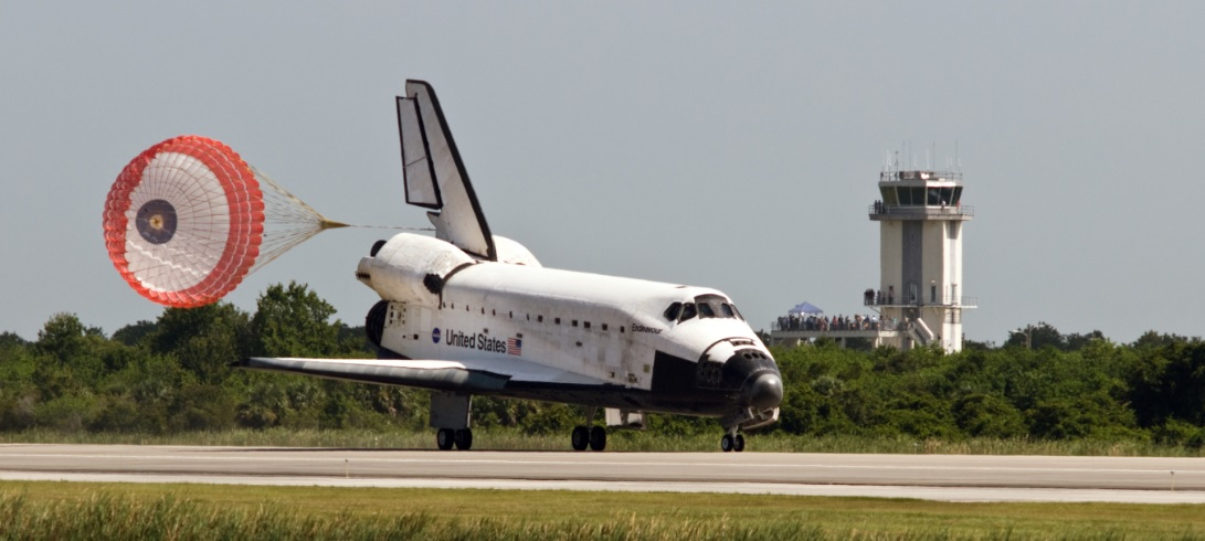 Discovery Shuttle Arrives at Space Station