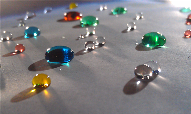 Paper with the hydrophobic effect