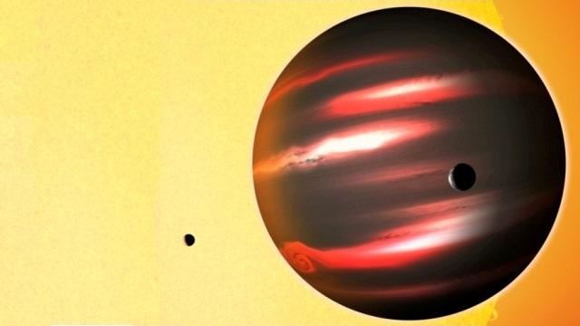 The gas giant TrES-2b
