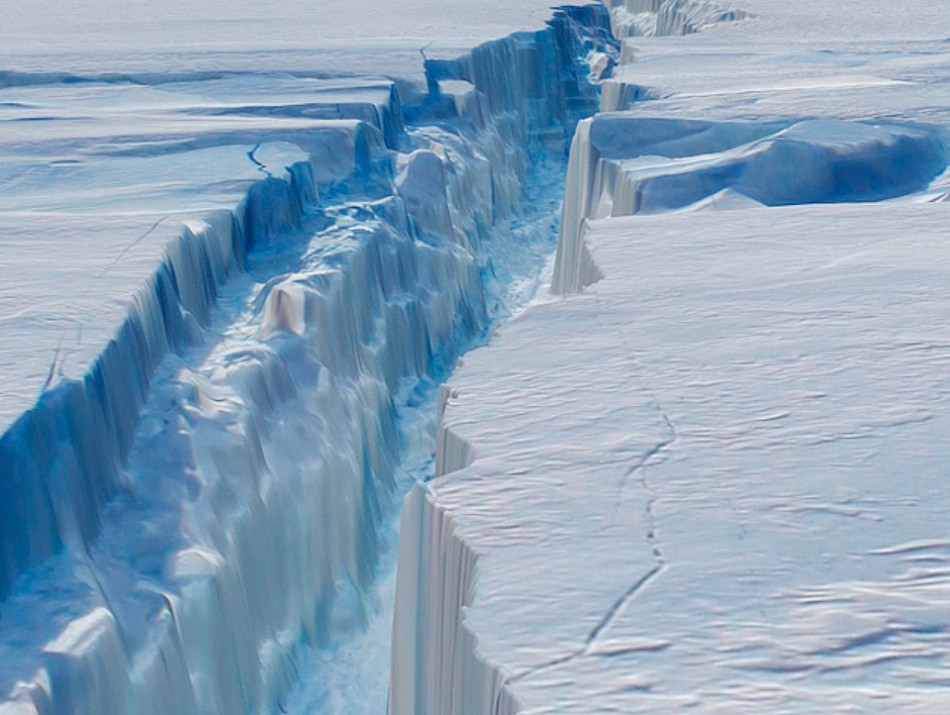 The biggest iceberg of Antarctic Glacier