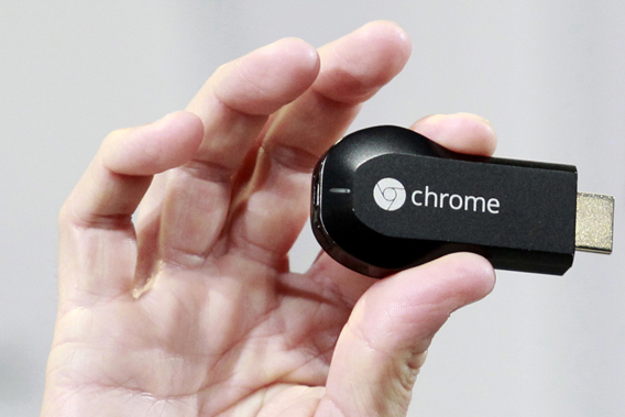 Google TV dongle Chromecast