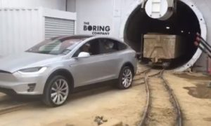 How Tesla Model X pulling 250,000 lbs Rail Car out of Tunnel