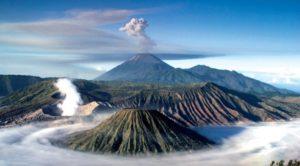 top 10 dangerous volcanoes, Mount Bromo