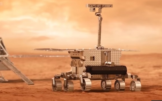 Scientists Created Chemistry Lab MOMA Seek Evidence of Life on Mars