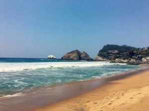 "Playa Zipolite translates into ""beach of the dead"""
