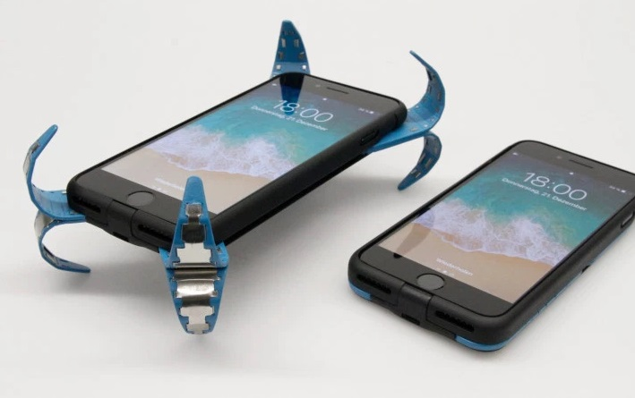 Clever Phone Case Will Protect Your Smartphone from Damage