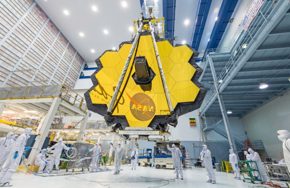How Big Is the Most Ambitious James Webb Space Telescope