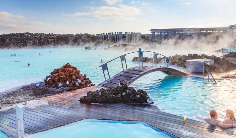 Why Is Blue Lagoon One of the Most Visited Attractions in Iceland