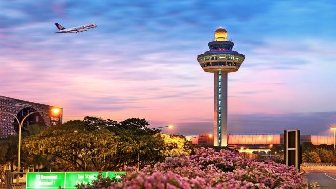 Top 10 Best Airports Around the World in 2018