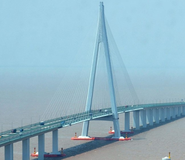 Hangzhou Bay Bridge (section)