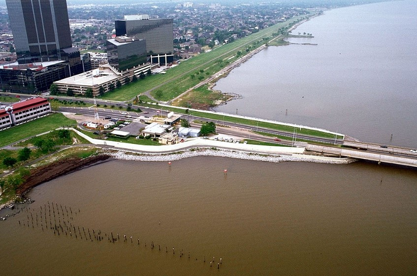 View is to the southwest near Causeway Boulevard, Metairie
