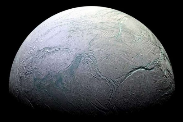 A Billionaire Sends a Probe to Enceladus for Searching Life on There