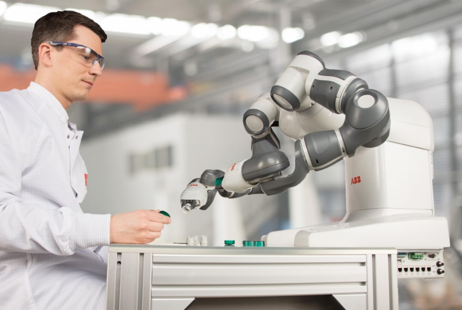 It is the world' first truly collaborative robot, that can work side-by-side on the same tasks as humans while still ensuring the safety