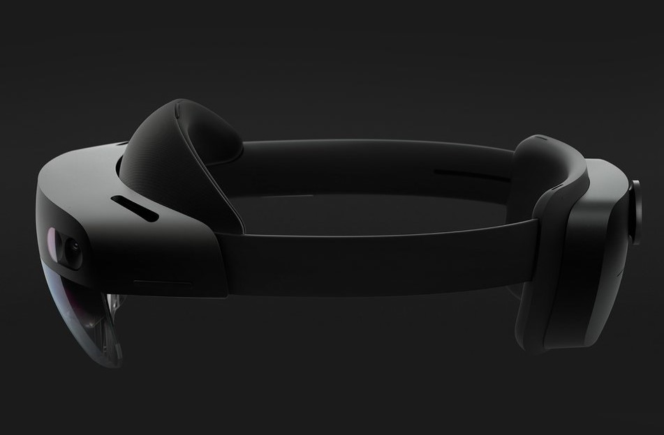 Microsoft Launches Reality Smartglass HoloLens 2