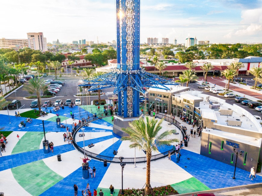 Starflyer Is the Tallest Swing Ride in the World