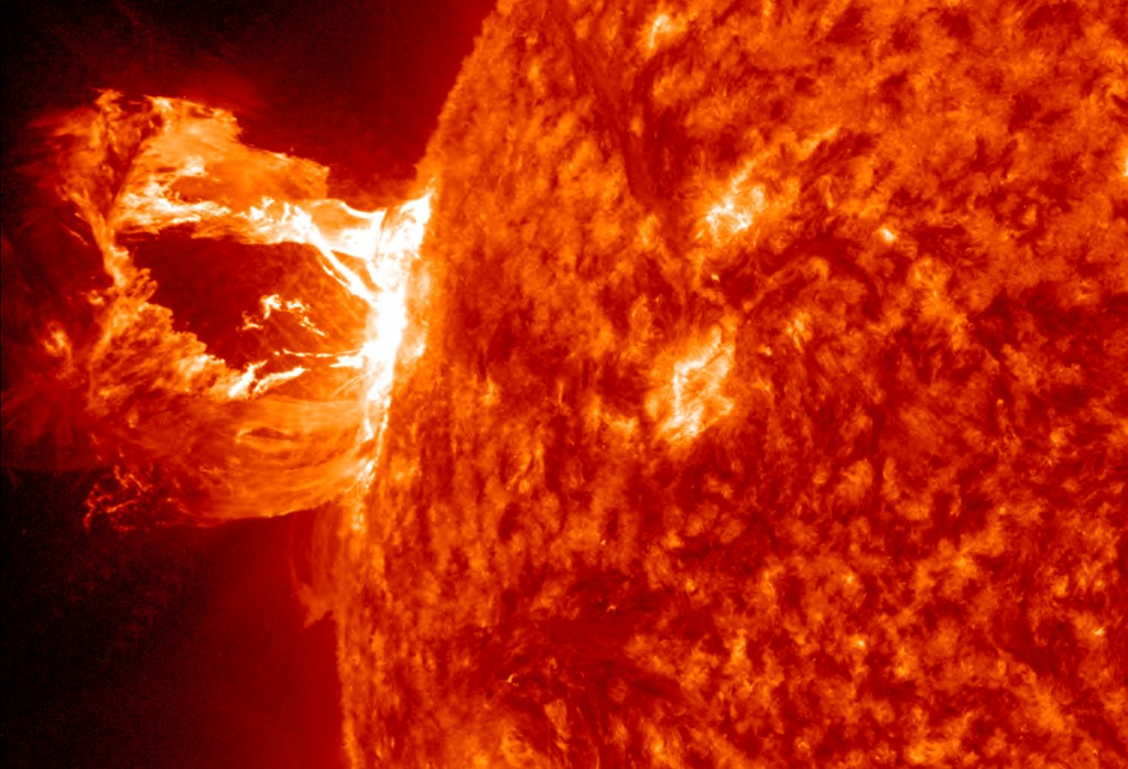 solar superstorms Solar superstorms, illustrated an executive order calling for more preparedness and better forecasting for space weather is creating a buzz about electromagnetic storms.