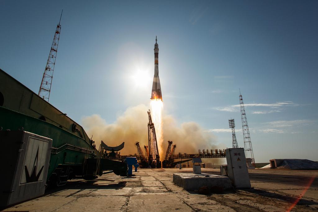 Soyuz TMA 04M Rocket